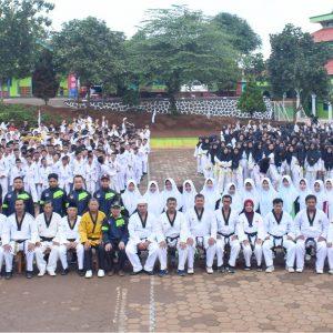 1023 Santri Pesantren Darul Amanah ikuti Ujian Kenaikan Tingkat Taekwondo