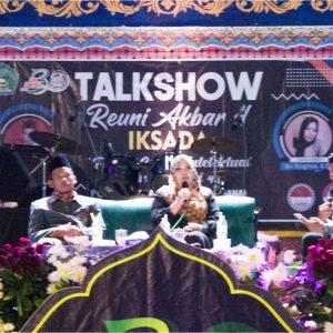 Beri Motivasi Santri : Reuni Akbar IKSADA ke-4 Gelar Talkshow