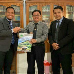 Wakil Pengasuh Pondok Modern Darussalam Gontor 2 Terima Kunjungan Pengurus Organisasi Santri Darul Amanah
