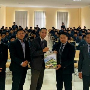 Pengurus Organisasi Santri Darul Amanah Kunjungi Universitas Darussalam (UNIDA) Gontor Ponorogo