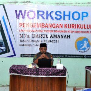 Jelang Tahun Ajaran Baru, MTs Darul Amanah Gelar Workshop Pengembangan Kurikulum