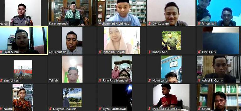 Pondok Pesantren Darul Amanah Sukses Selenggarakan Webinar Nasional Silaturahmi Santri Tahun 2020