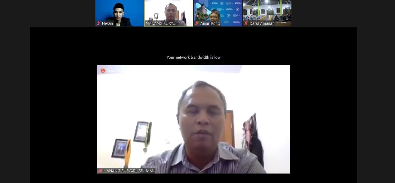 Hari Kedua Workshop Kewirausahaan : Dosen Universitas Brawijaya Malang Berikan Ilmu Manajemen Pemasaran Bisnis Kepada Santri Kelas 6 TMI Darul Amanah