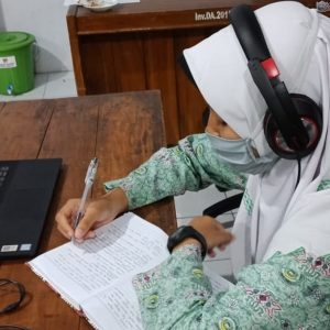 Tingkatkan Keterampilan, Santri Darul Amanah Ikuti Webinar Ketrampilan Remaja Untuk Masa Depan